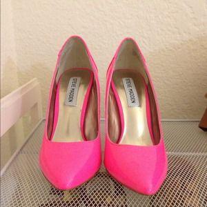 6594b503c8e6 Steve Madden Shoes - REDUCED New Hot Neon Pink Steve Madden Pumps 5.0