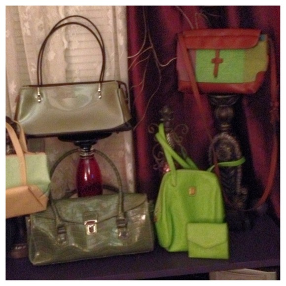 Liz Claiborne Handbags - All's Green In Spring Handbag Purse 2