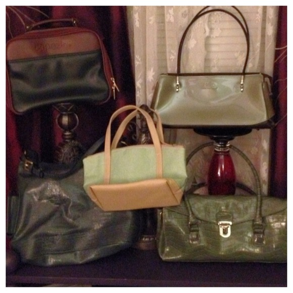 Liz Claiborne Handbags - All's Green In Spring Handbag Purse 3