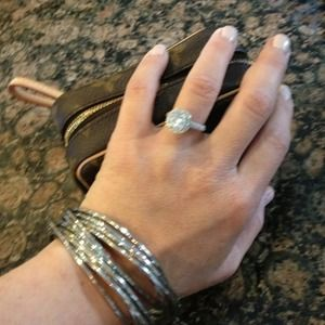 Jewelry - Silver Intertwine Silver Bangles