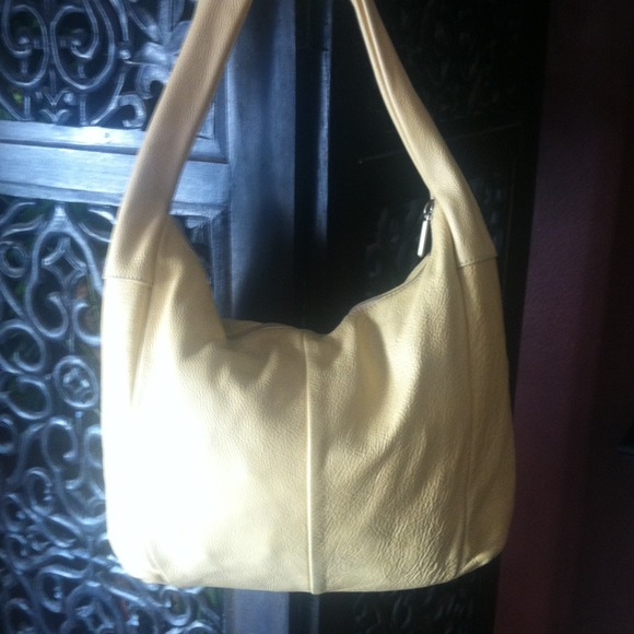 186c2dc7a5c1 Ted Benson of Italy Yellow soft leather purse