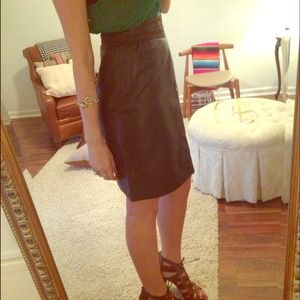 100% LEATHER VINTAGE SKIRT, PERFECT CONDITION