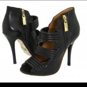 Kim Kardashian LAMB black leather Zea heels 6.5