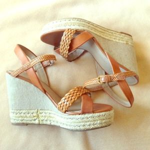 Brown braided strap wedges