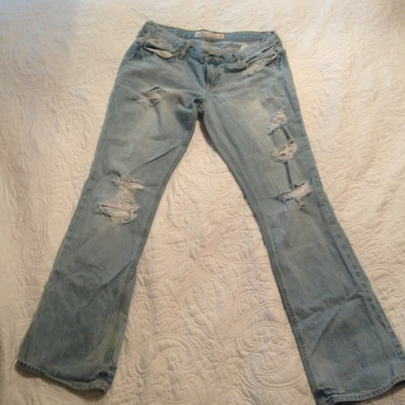 71% off Hollister Denim - !RESERVED! Light colored, Ripped jeans ...