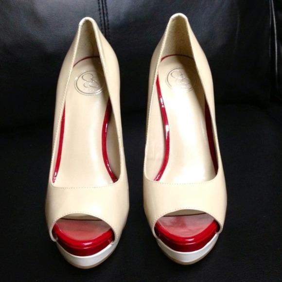 3359f43c496 Jessica Simpson color block heels nude red white