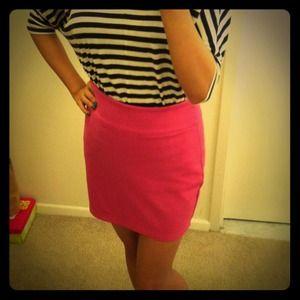❤New UO Rosé Pencil Skirt