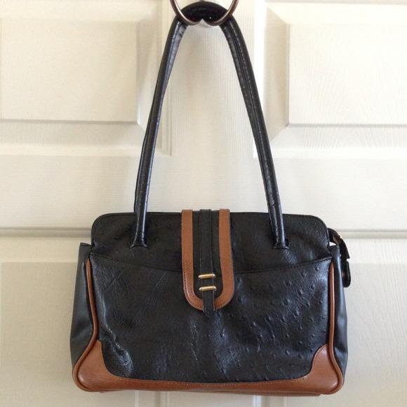 ✖BUNDLED. Ostrich Vintage Handbag