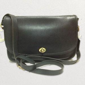 Authentic Vintage Leather Coach Navy Bag Satchel