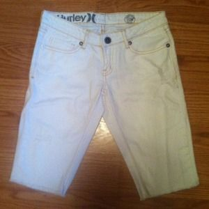 Hurley white capris
