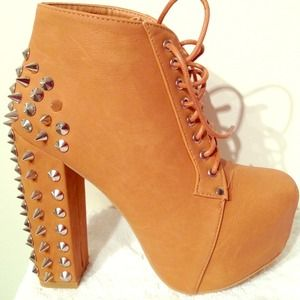 Jeffrey Campbell Inspired Lita Booties! - MUST GO!