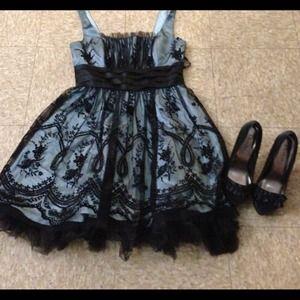 Dresses & Skirts - PROM Morgan & Co dress