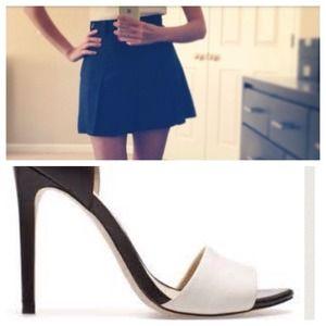 Bundle Zara Basic Sandals + Benetton Skort