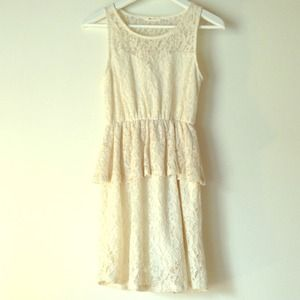 Cute Tobi lace peplum white dress