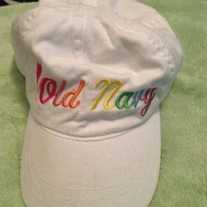 Old Navy hat