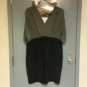 Dresses & Skirts - ??Black & Gray Body Con Dress??