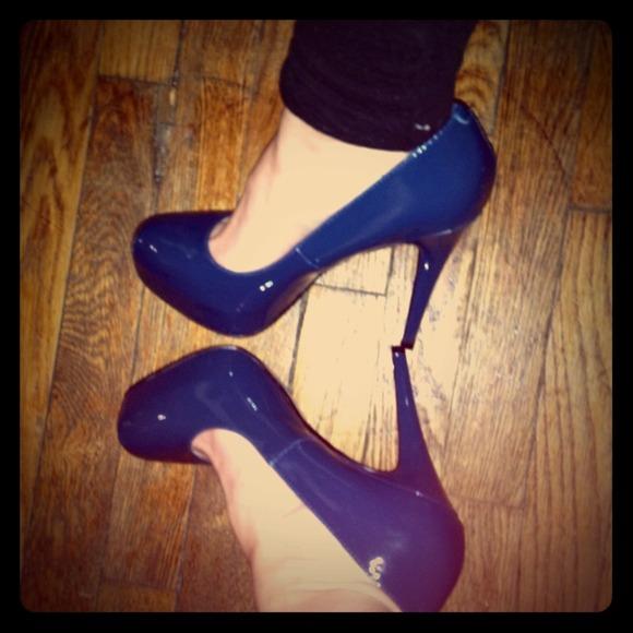63% off Steve Madden Shoes - Steve Madden patent leather navy blue ...