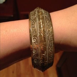 Antiqued gold bracelet