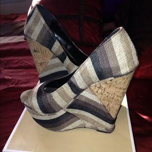 Black & Brown Striped Wedges