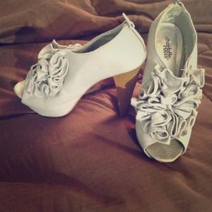 Charlotte Russe Gray Heels