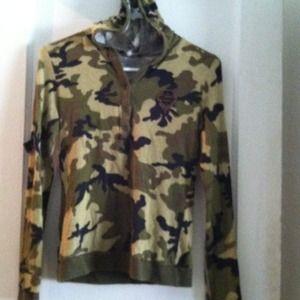 Jackets & Blazers - Camouflage long sleeve Lycra hoddie