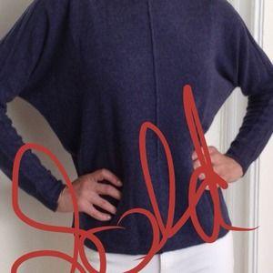 cashmere sweater/