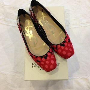 Yves Saint Laurent canvas flats