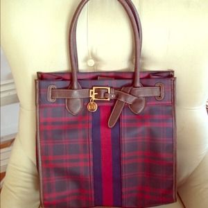 Tommy Hilfiger Handbags - Tommy Hilfiger tote bag
