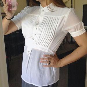 🔴SOLD🔴 Beautiful Sheer White Blouse