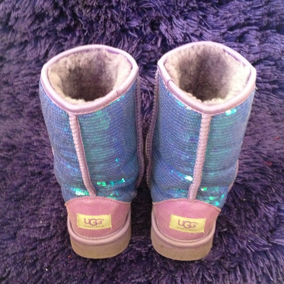 UGG - NEON VIOLET SPARKLE UGGS! from Autumn's closet on ...