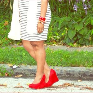 Red Wedge Pumps