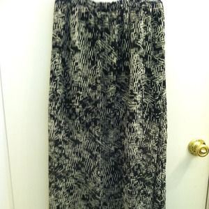 Bundle for JZD skirt, clutch, necklace