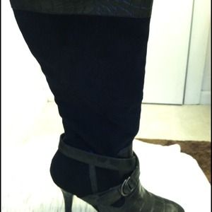 ⚡Reduced!⚡Black boots!