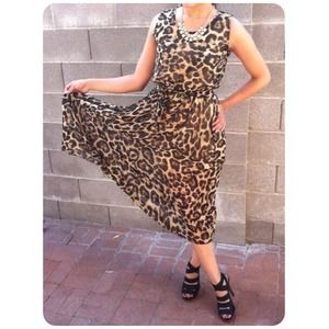 ❤RESERVED❤Gorgeous Chiffon Leopard Print Dress