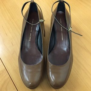 Marc Jacobs Brown Leather Mary Janes 36.5 / 6.5B