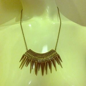 Jewelry - Tribal necklace