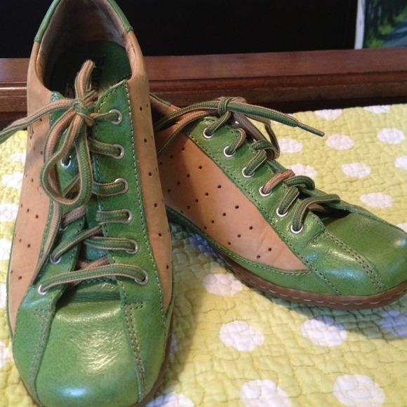 Born Tan Green Tennis Shoes