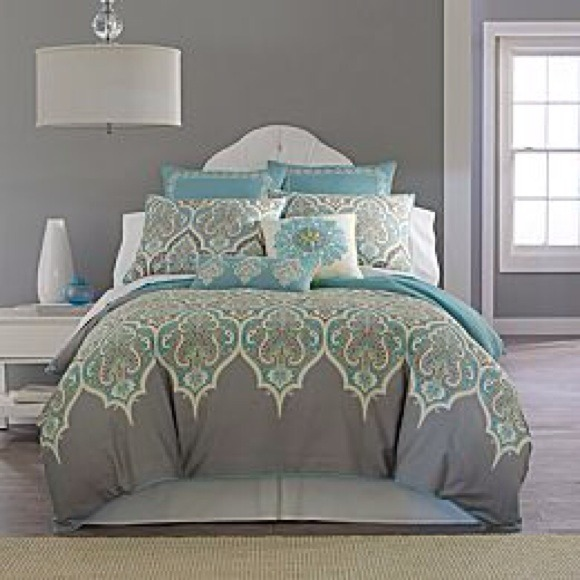 32% off Other - Full/Queen Duvet Cover & 2 Throw Pillows from Mary frances s closet on Poshmark