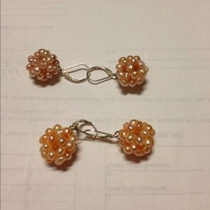 Jewelry - 2 pairs of pearl cluster earrings