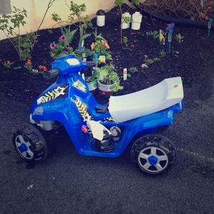Other - Kid trax 4-wheeler great xmas gift