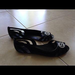 9ff8fb5381603 ... Gucci Shoes - Gucci Marola Jelly Logo Sandals best quality 7c8e3 dcda8  ...