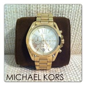 NWT - Michael Kors MK5605 Watch