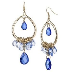 Jewelry - *NWT* ~Crystal Blue Stream~ Chandelier earrings
