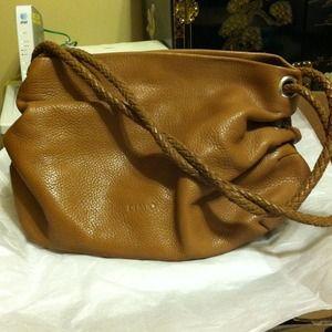 Desmo purse