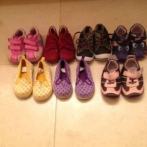 Other - Bundle of kids shoes