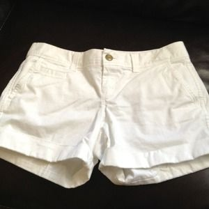 Old Navy low rise white shorts. Size 2.