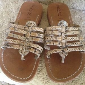 ☀☀☀REAL LEATHER MULTI STRAP SANDALS