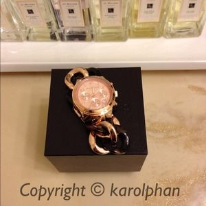 KEEPING! NWT Michael Kors two-tone bracelet watch.