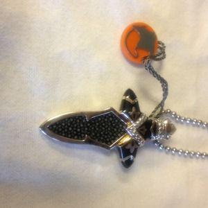 Alan K Jewelry - Alan K Stingray and 925 Silver Pendant/Necklace.