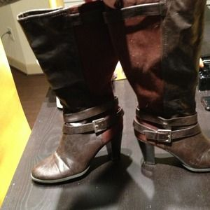 Boots - Brown size 10 knee high boots.